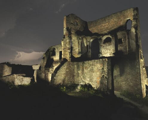 Castle ruin rendering lighting